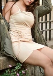Tall and busty India Escorts in Dubai +971521127732